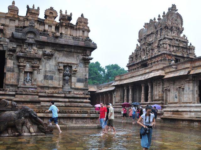 Templo Darasuram inundado